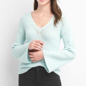 NWT Gap mint Pointelle V-neck sweater bell sleeves